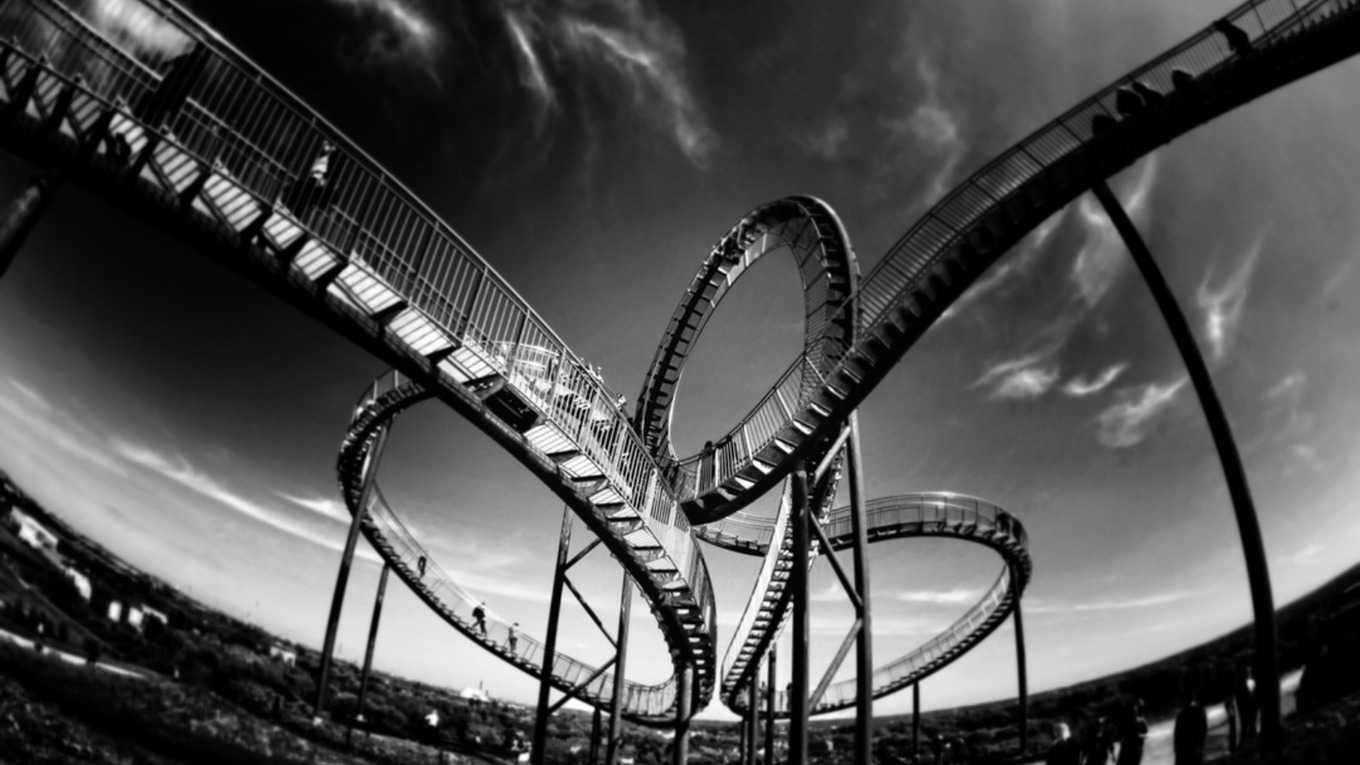 4 Stages of Receiving Feedback: The Emotional Rollercoaster!