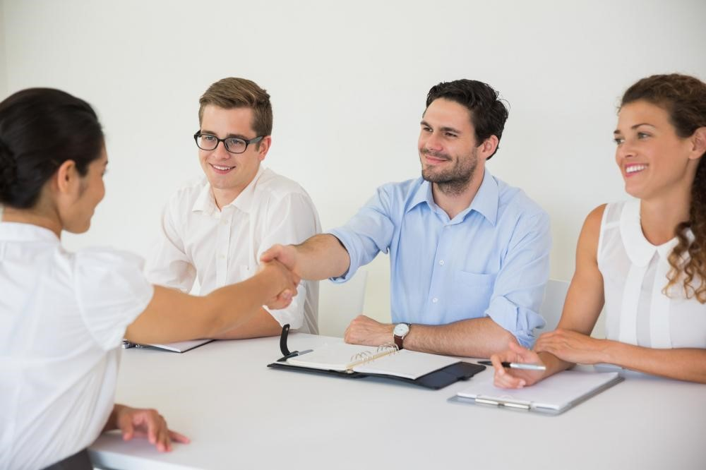 Secrets of Recruiting: How to Get Noticed by Professional Recruiters
