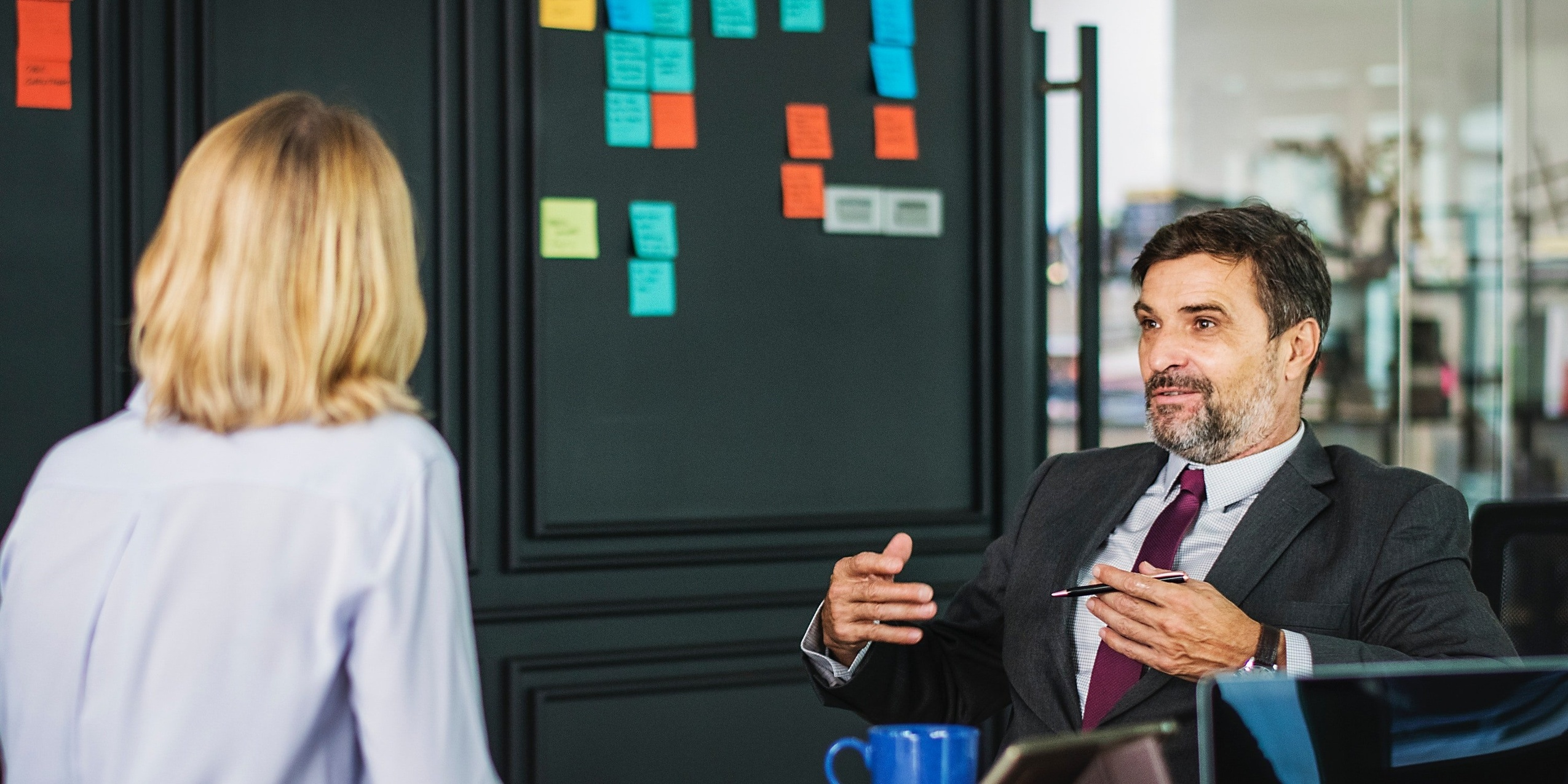 4 Habits of Highly Successful Sales Managers Who Retain Their Top Performers