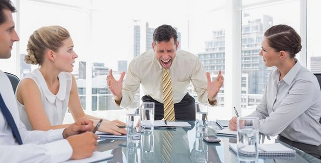 7 Ways Managers Motivate and Demotivate Employees