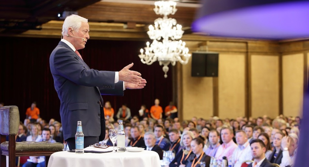 Public Speaking Courses: Engage & Entertain Any Audience | Brian Tracy