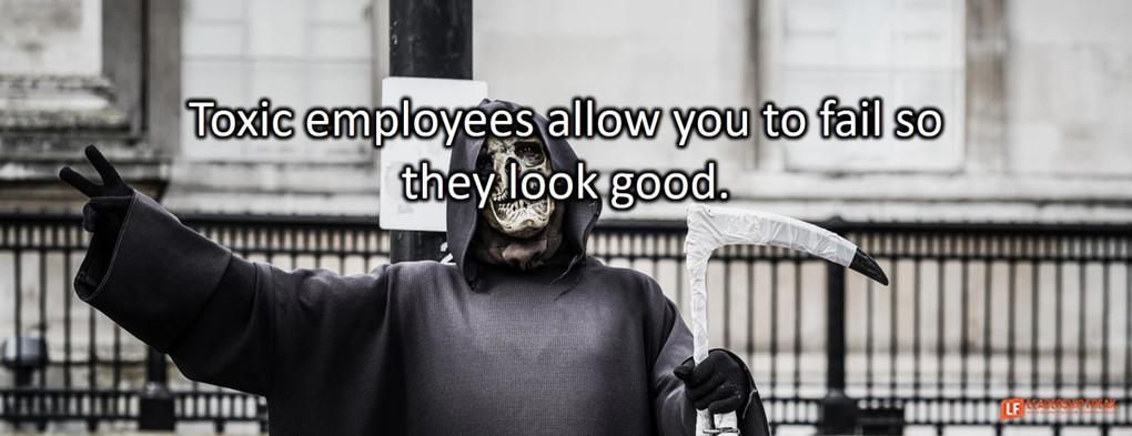 10 Ways to Spot Toxic Employees
