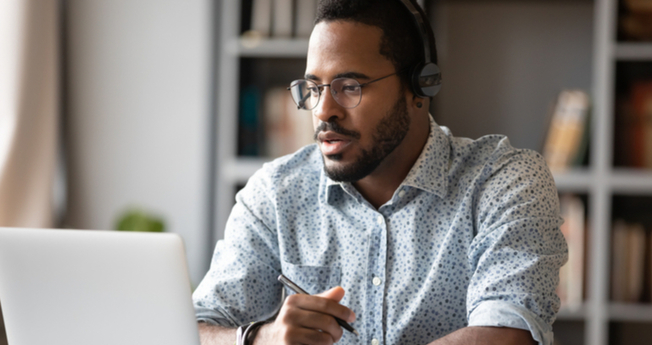 8 Tips to Advance Your Sales Career in Uncertain Times