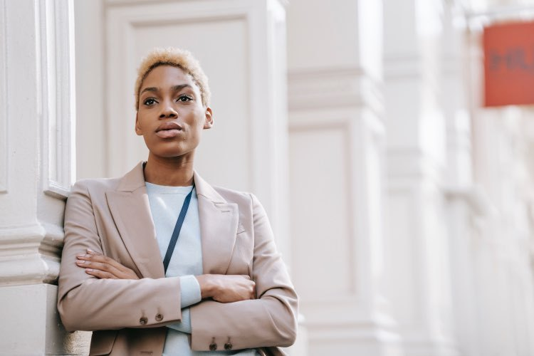 Executive Mindset: Advice for Women Leaders to Navigate the Glass Ceiling