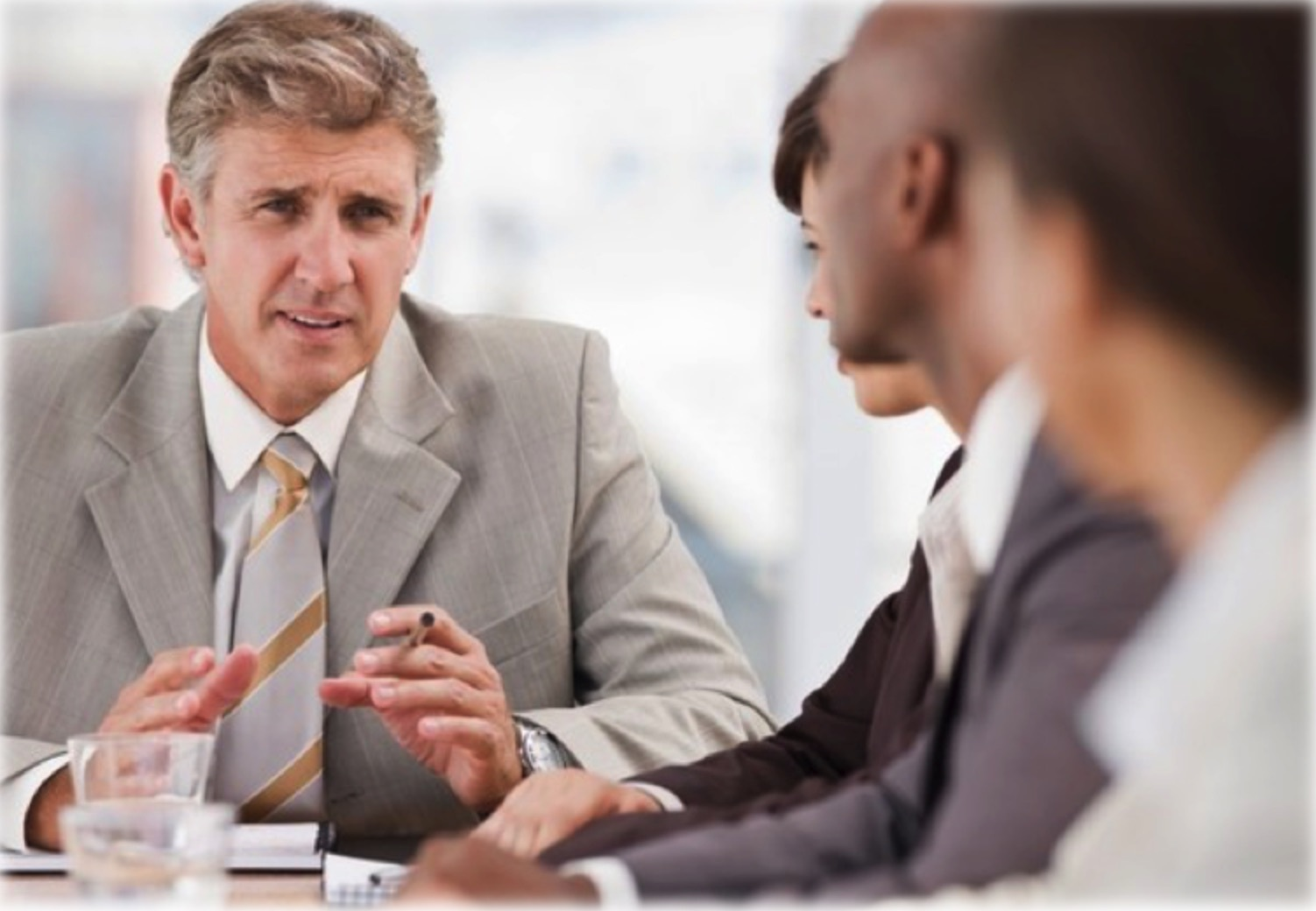 The Benefits of Bringing in a Specialist Recruiter